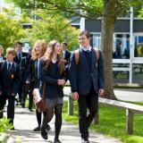 英国家庭如何为孩子选择一所满意的学校?
