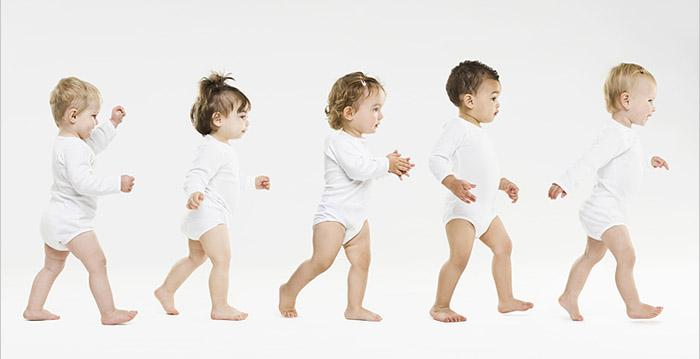 宝宝人生的第一步