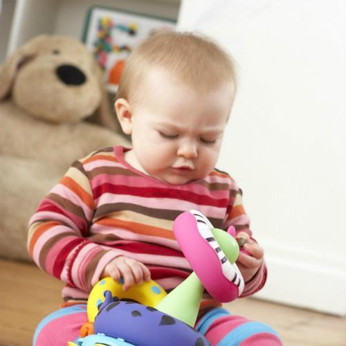 给宝宝买玩具要注意什么