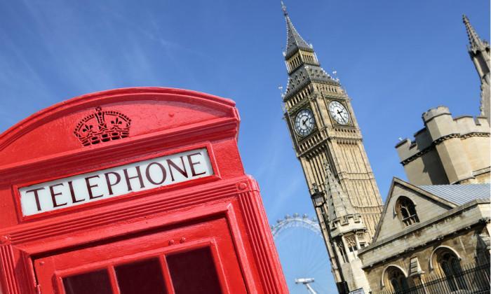 英国红色巴士和电话亭