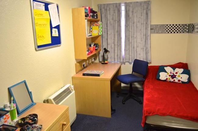 爱丁堡大学住宿
