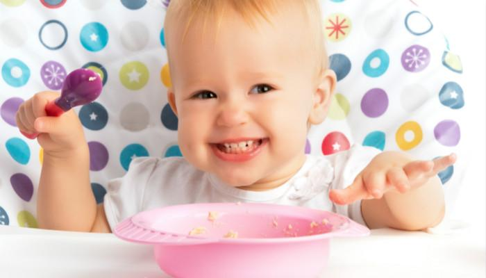 宝宝吃米粉
