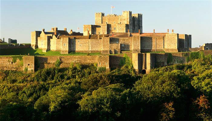 多佛尔城堡(Dover Castle)