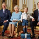 """英国女王90大寿特别纪念邮票,四世同堂小王子""""抢风头"""""""