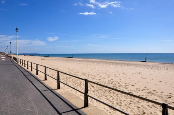 伯恩茅斯海滩