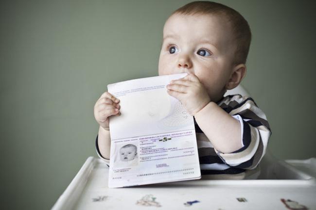 宝宝如何获得英国护照