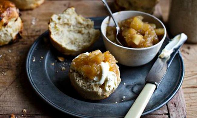 Tom Kerridge's apple drop scones