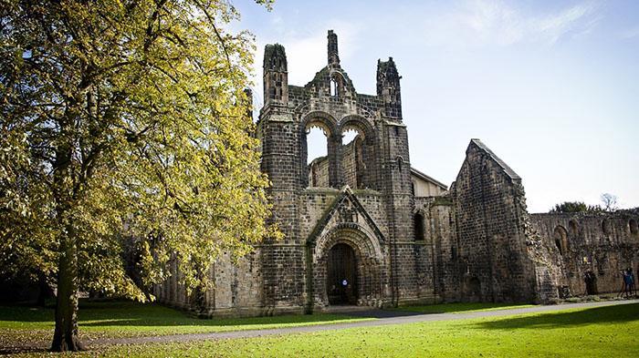 Kirkstall Abbey(柯克斯托尔修道院)