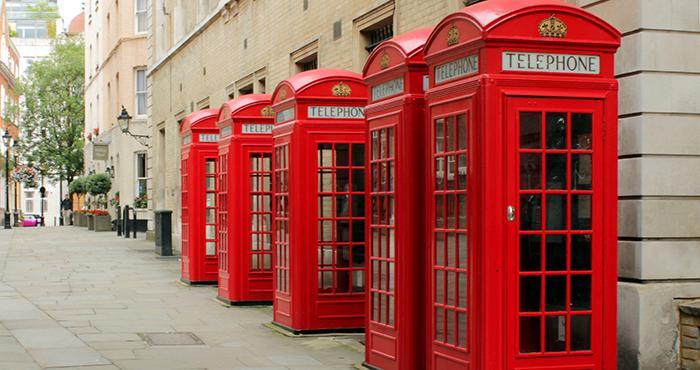 红色电话亭