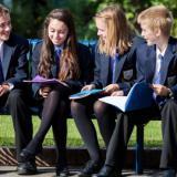 伦敦国王学院学校:一群欢乐的英伦学霸