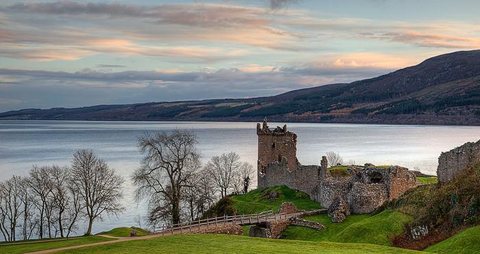 尼斯湖(Loch Ness)