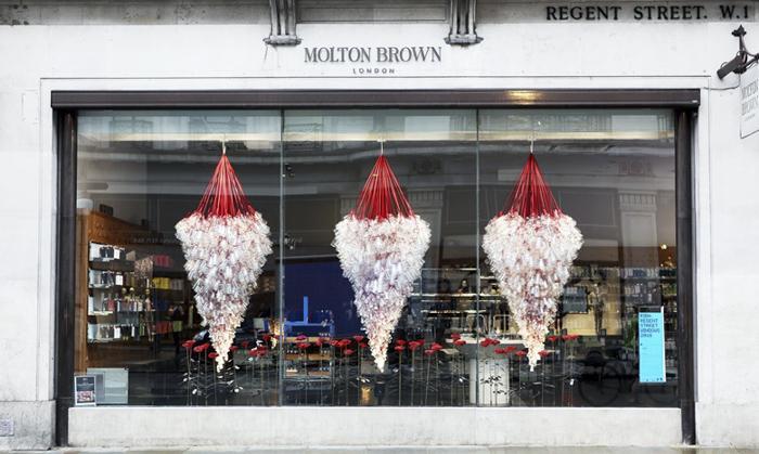Molton Brown Knox Bhavan & Susie MacMurray 设计