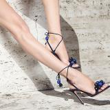【Aquazzura】菠萝鞋:绑住人心的绑带鞋