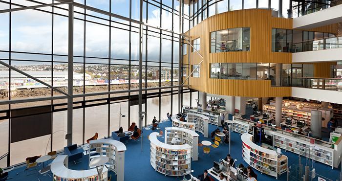 斯旺西大学图书馆