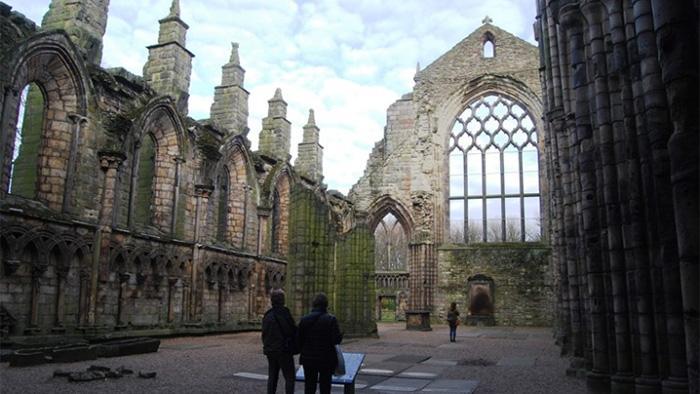 圣十字架宫的废墟