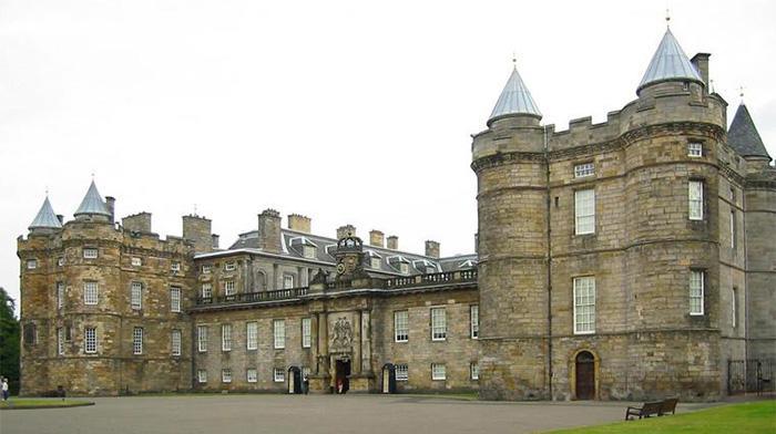 荷里路德宫(Holyrood Palace)