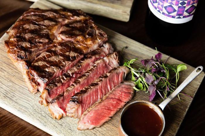 Hippodrome Heliot Steak House