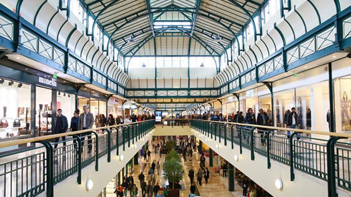 Castle Court Shopping Centre
