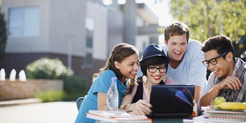 毕业生收入大PK,英国最高薪与最低薪的学校和专业