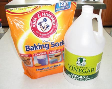 小苏打和醋(Baking Soda Plus Vinegar)